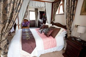 The Bedrooms at Garden Lodge