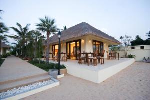 Nantra de Deluxe Hotel - Image1