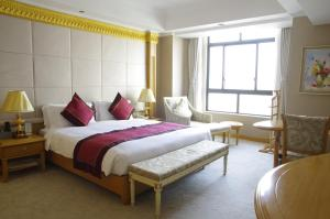 Riverview Hotel on the Bund - Image3