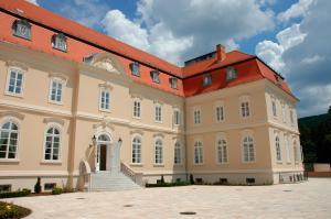 La Contessa Castle Hotel - Image1