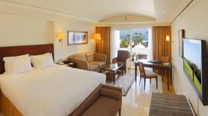 L  Amphitrite Palace Resort and Spa - Image3