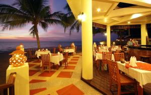 Khao Lak Sunset Resort - Image2
