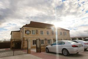Hotel Bons - Image1