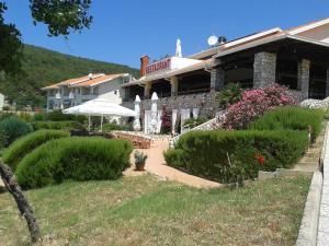 Hotel Zlatni Lav - Image1