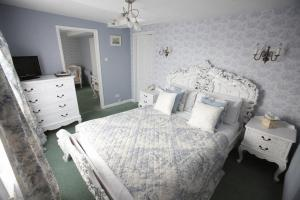 The Bedrooms at St Olaves Hotel