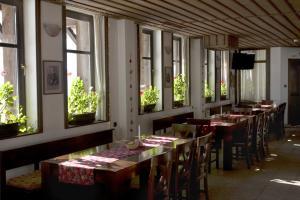 Family Hotel Arkan Han - Image2