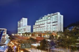 Hanwha Resort Pheonix Park - Image1