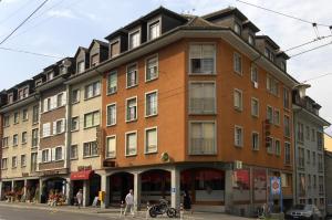 Hotel de la Vieille Tour - Image1