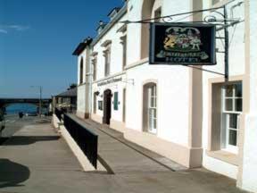 Seafield Arms Hotel Hotel in Cullen