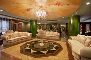 Hotel Sapphire - inside