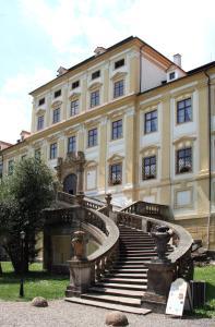 Zamek Cerveny Hradek - Image1