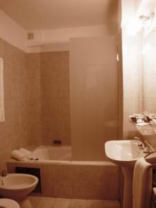 Hotel San Carlos - Image4