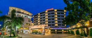 Raya Grand Hotel - Image1