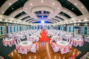 Raya Grand Hotel - Image2