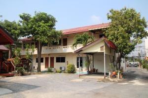 Ratchaphruek Resort - Image1