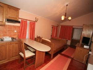 Apartments Vrata Baranje - Image3