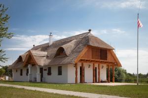 Csodaszarvas Vendégházak - Image1