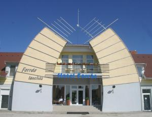 Hotel Forras - Image1
