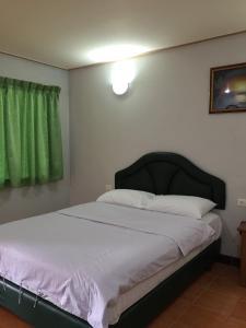Moo Noi Resort - Image3