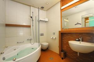 Hotel Diadem - Image4