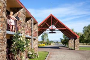 Mackenzie Country Inn Twizel - Image1