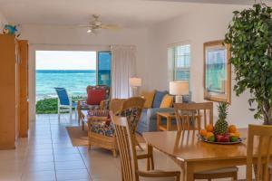 Wyndham Reef Resort, Grand Cayman - Image2