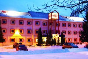 Drive Inn Hotel - Image1