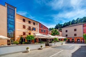 Hotel Skradinski Buk - Image1
