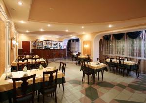 Evrika Hotel - Image2