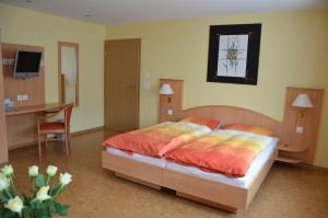 Hotel Gasthof Kreuz - Image3