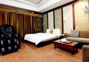 Luxury Hotel - Image3