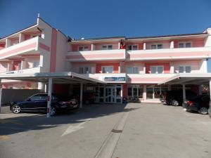 Hotel Zagi - Image1