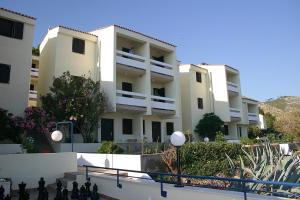 Hotel Priscapac Resort and Apartments - Image1