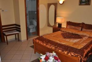 Al Safeer Hotel - Image3
