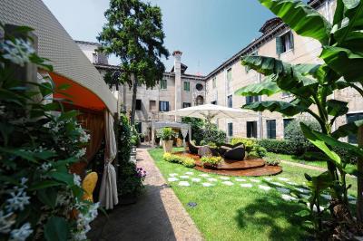 Hotel Abbazia (阿巴泽亚酒店)