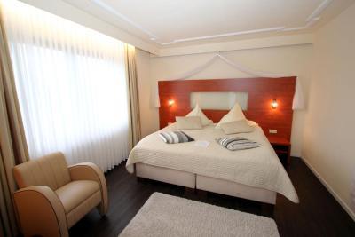 parkhotel emstaler h he deutschland bad emstal. Black Bedroom Furniture Sets. Home Design Ideas