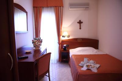 Hotel Za Maria - Santo Stefano di Camastra - Foto 42