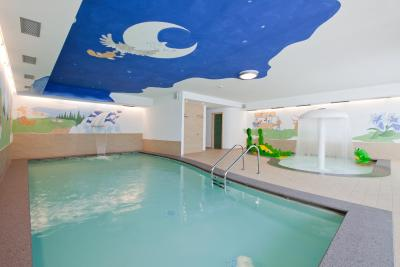 Dolce casa family resort italia moena - Hotel moena piscina ...
