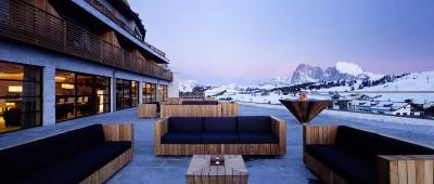 Hotel alpina dolomites italia alpe di siusi - Hotel alpe di siusi con piscina ...