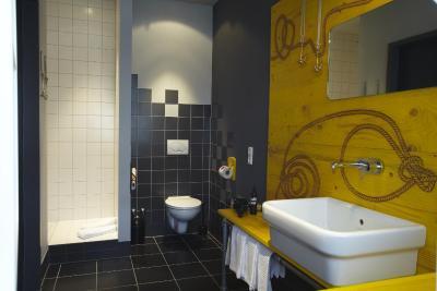 superbude hostel st pauli deutschland hamburg. Black Bedroom Furniture Sets. Home Design Ideas