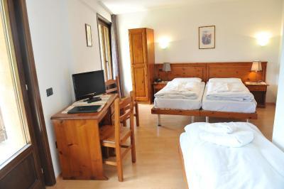 Albergo Al Gallo Forcello (Italia Passo Pramollo) - Booking.com