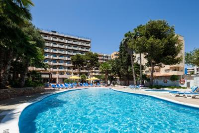 Hotel club can bossa spagna playa d 39 en bossa - Piscina laghetto playa prezzo ...