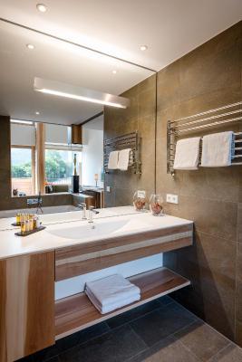 hotel klosterhof deutschland bayerisch gmain. Black Bedroom Furniture Sets. Home Design Ideas