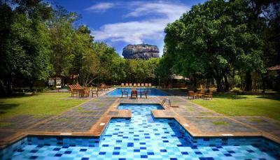 Hotel Sigiriya (锡吉里亚酒店)