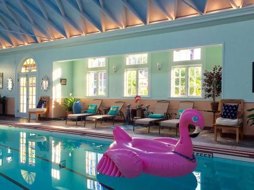 Blue Lagoon NOLA Guest House