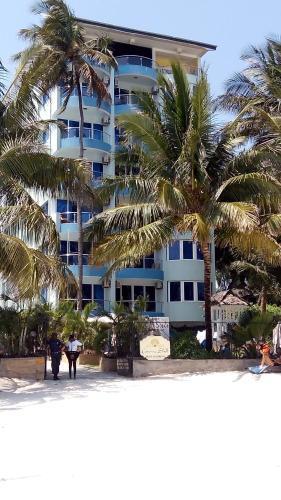Sunny Beachfront Studio