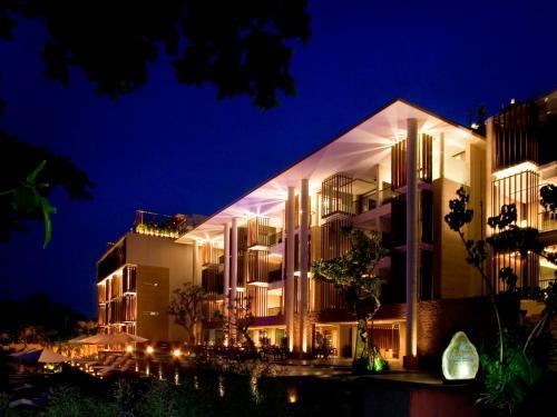 巴厘岛塞米亚克安娜塔拉度假酒店