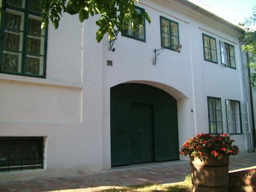 Hajós-ház