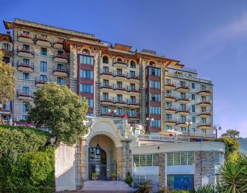 فندق إكسلزيور بالاس