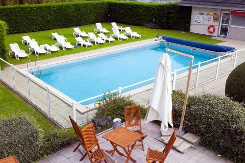 基里亚德德维勒圣阿尔努特酒店